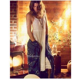 Free People Dresses - 🎉 Host Pick🎉Free People bohemian crochet dress.